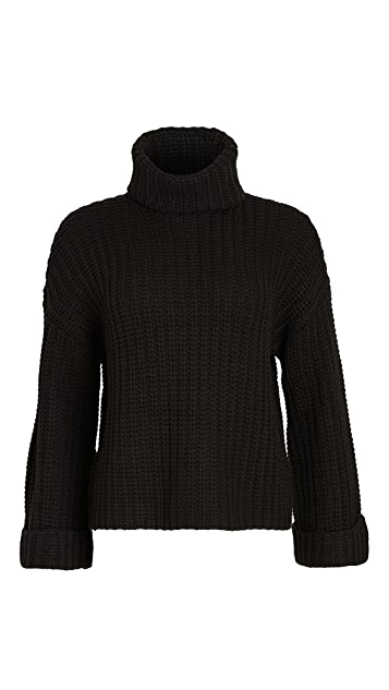 525 Wide Sleeve Turtleneck