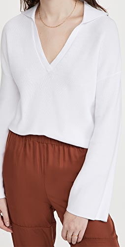 525 - Cotton Cropped Collared V Neck Top