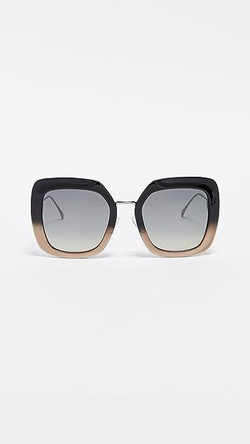 d66fd86d0406b Fendi Oversized Square Sunglasses ...