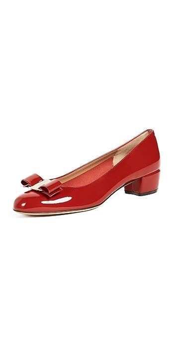 Salvatore Ferragamo Vara Low Heel Pumps - Rosso