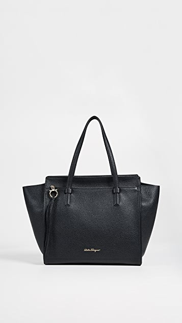 e9eb19174bac Salvatore Ferragamo Amy Large Tote