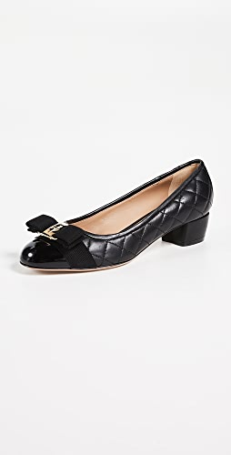 Salvatore Ferragamo - Vara Pumps