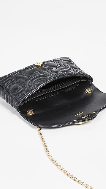 Salvatore Ferragamo Миниатюрная сумка со стеганой отделкой Gancino