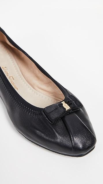 Salvatore Ferragamo My Joy 平底鞋