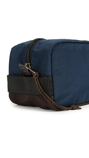 Filson Travel Pack