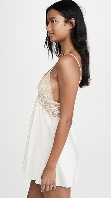 Flora Nikrooz 蔷薇色软缎衬裙