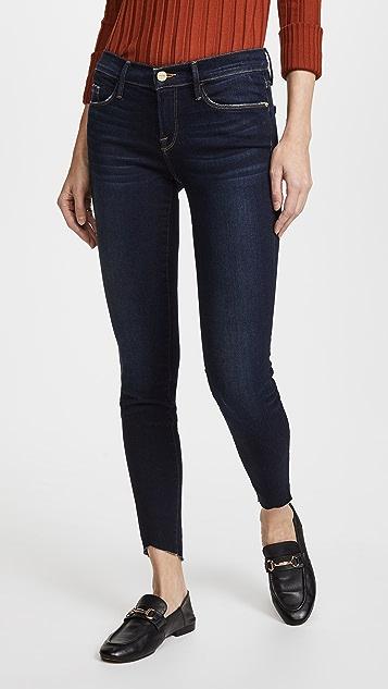 c168fcab3ed03 FRAME Le Skinny De Jeanne Scoop Jeans