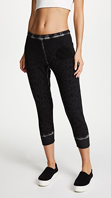 FREECITY Leopard Monolith 3/4 Sweatpants