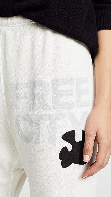 FREECITY Спортивные брюки Super Fluff