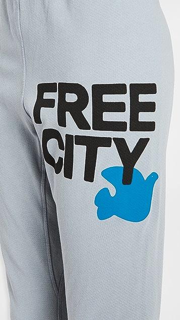 FREECITY Freecity Large 3/4 Sweats