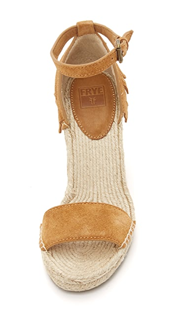 Lila Feather Wedges
