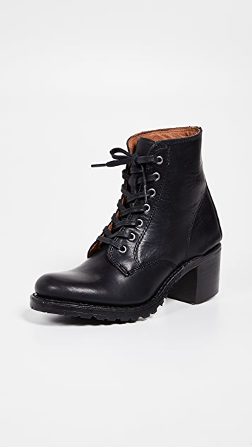 Frye Sabrina 6G Lace Up Boots
