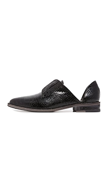 Freda Salvador Wear d'Orsay Slip On Oxfords