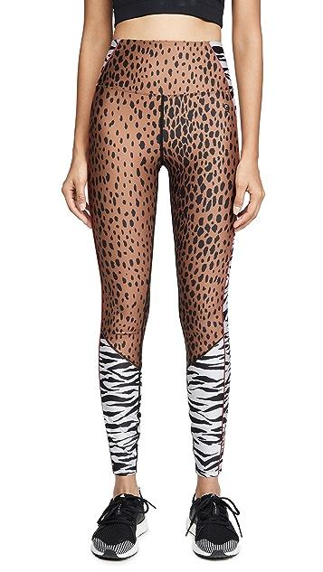 Good American Active 动物混合八分贴腿裤