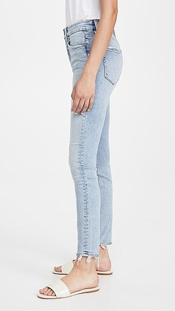 Good American Good Legs 做旧裤脚牛仔裤
