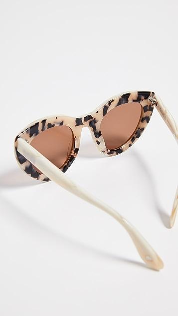 GANNI Mia Sunglasses