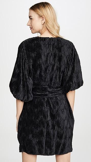 GANNI Атласное платье со складками