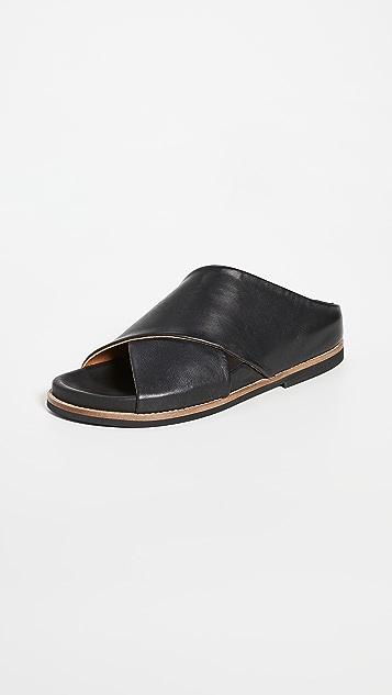 GANNI 平底便鞋