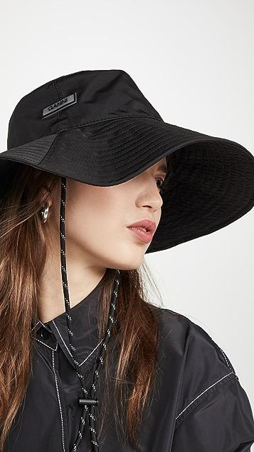 GANNI 高科技材质帽子