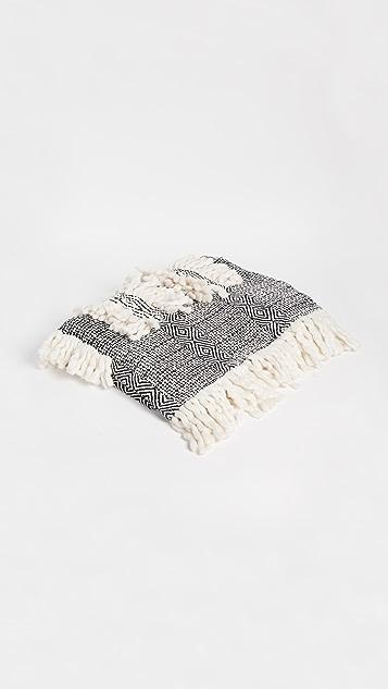 Gift Boutique Orr Throw Blanket - Black/White