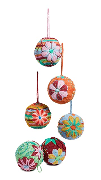 Gift Boutique Knit Ball Ornament Set