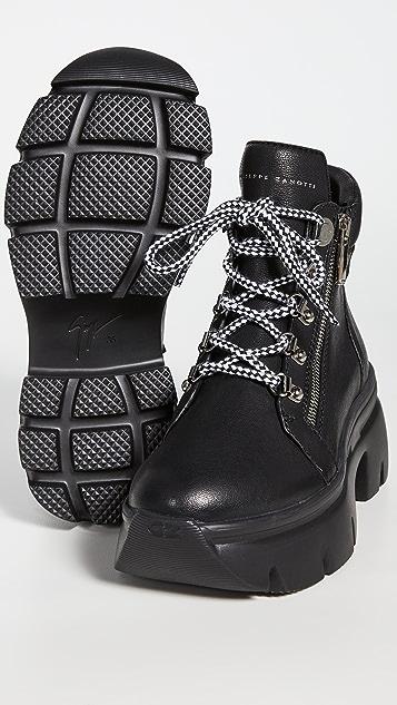Giuseppe Zanotti 系带脚踝登山短靴