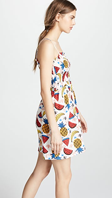 迷人无限 褶皱水果连衣裙