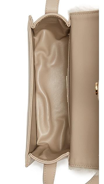 GRACE ATELIER DE LUX Cумка через плечо Colette с отделкой из короткой шерсти
