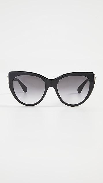 Gucci 经典猫眼太阳镜