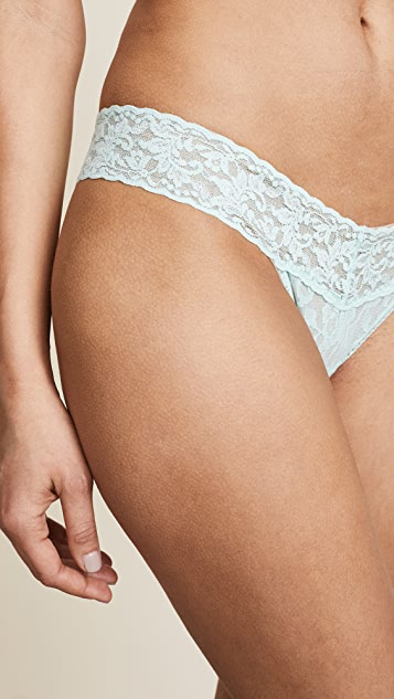 Hanky Panky Signature Lace Low Rise Thongs Pastel 3 Pack