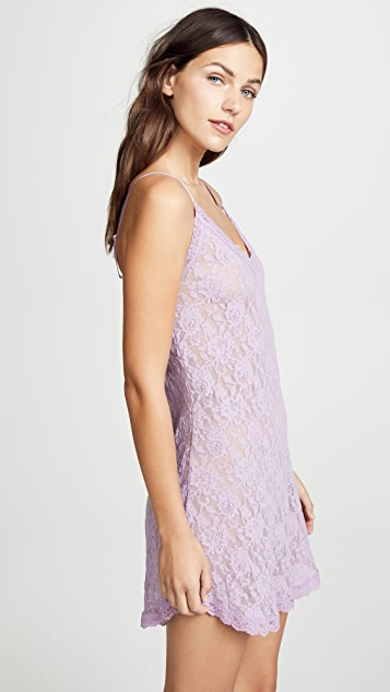 Hanky Panky Signature Lace V Front Chemise