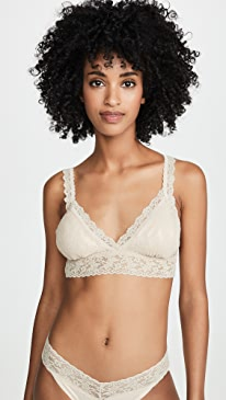 Signature Lace Padded Crossover Bralette