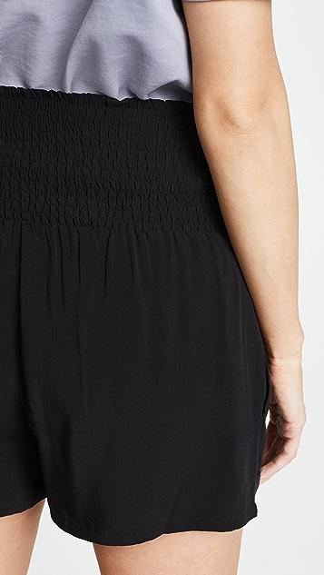 HATCH Простые шорты со сборками