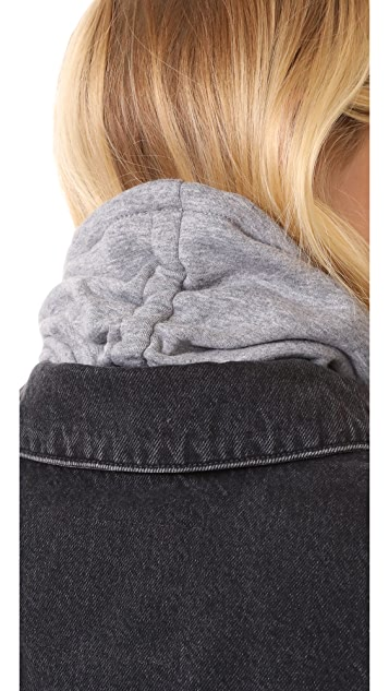 Hat Attack Sport Cinched Neckwarmer