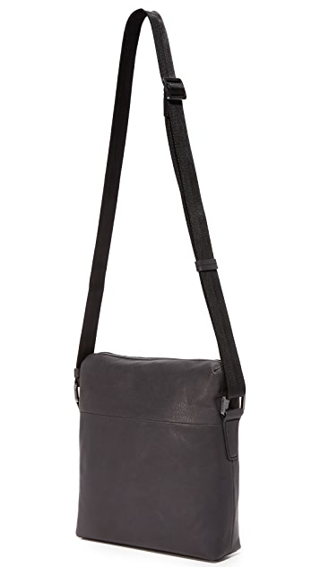 HUGO Highway Leather Reporter Messenger Bag
