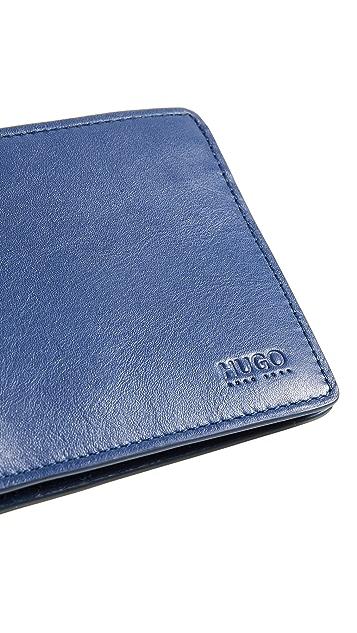 HUGO Subway Billfold Leather Wallet
