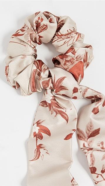Hemant and Nandita Floral Scrunchie Ribbon