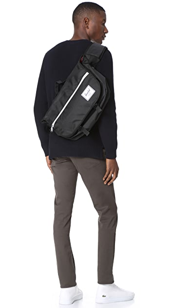 Herschel Supply Co. Pop Quiz Messenger Bag