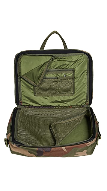 Herschel Supply Co. Britannia XL Messenger Bag