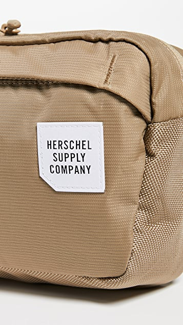 Herschel Supply Co. Tour Medium Hip Pack