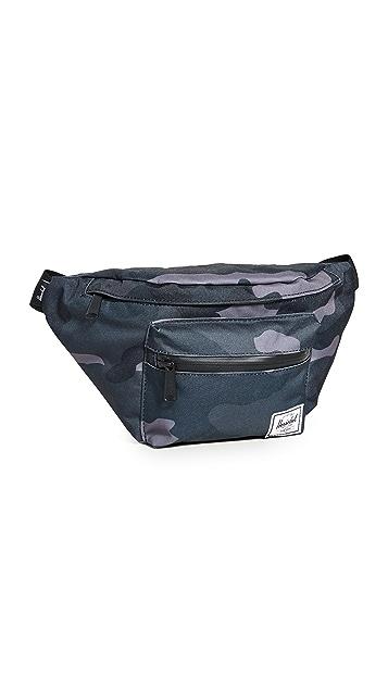 Herschel Supply Co. Seventeen Hip Pack