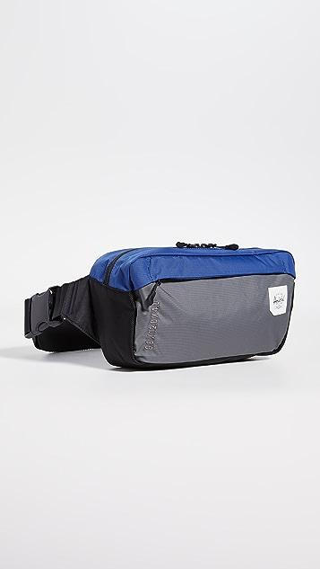 Herschel Supply Co. Tour Medium Waist Pack