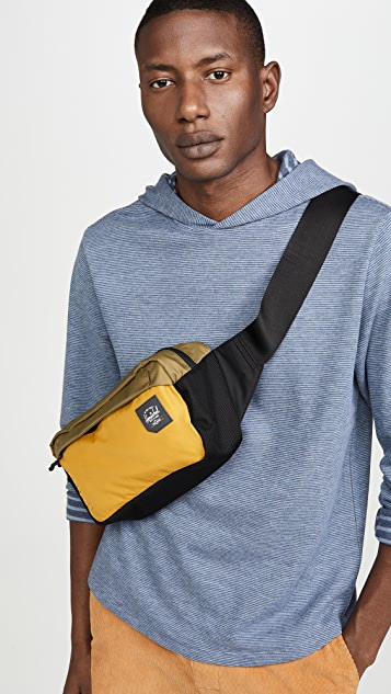 Herschel Supply Co. Tour Medium Waist Pack