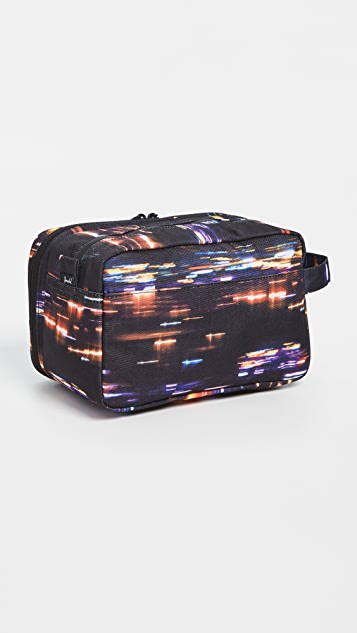 Herschel Supply Co. Chapter X-Large Cosmetic Bag