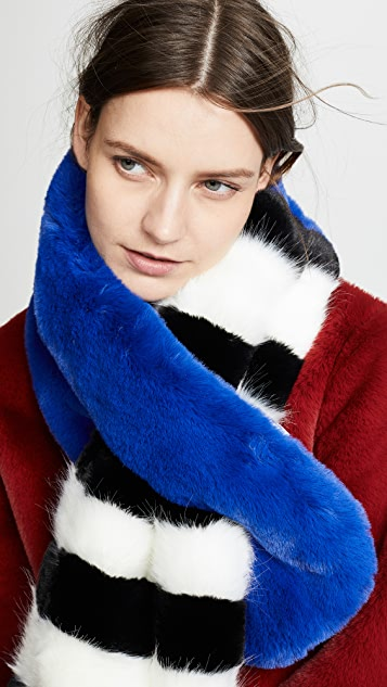 Heurueh Chill Out Pull Thru Faux Fur Scarf