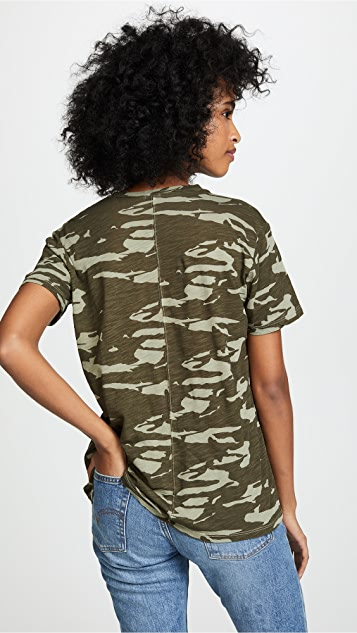 MONROW Two-Tone Camo Relaxed V Neck Tee