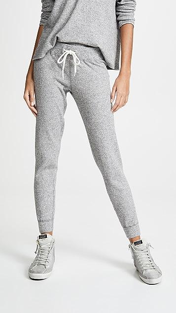 MONROW Утепленные спортивные брюки с манжетами