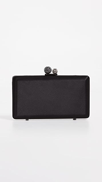 Inge Christopher Kate Minaudiere