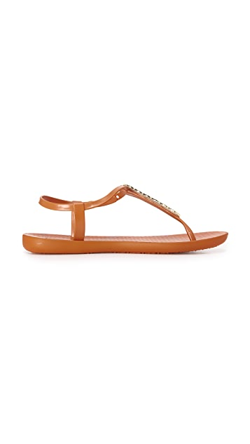 Ipanema Bond Sandals