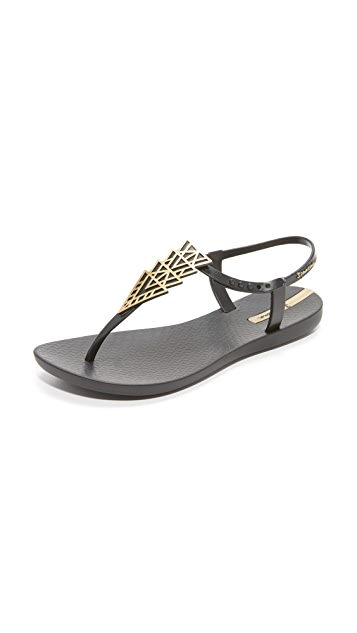 Ipanema Deco Sandals